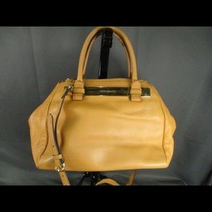 Vince Camuto 100% Leather Goldenrod Toned Purse